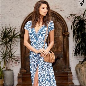 Lulu's Floral Print Maxi Dress